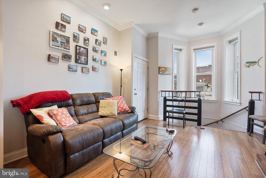 Unit #1 bright & sunny living room - 1932 15TH ST NW, WASHINGTON