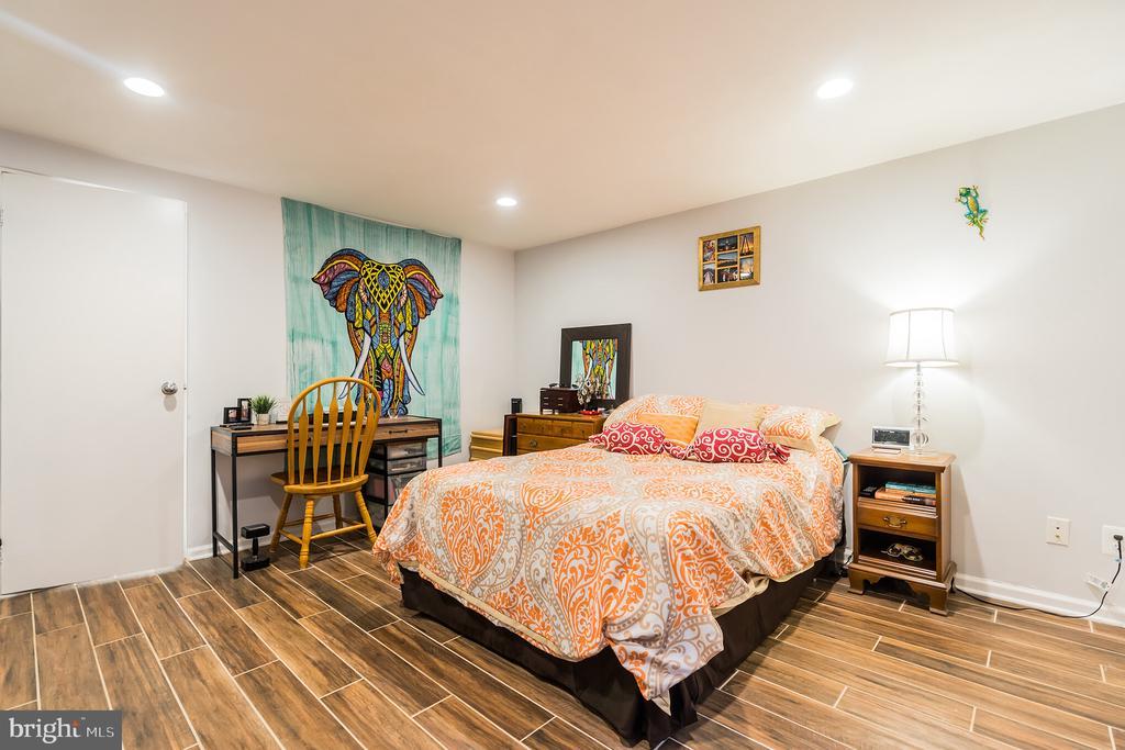 Unit #1 lower level bedroom - 1932 15TH ST NW, WASHINGTON