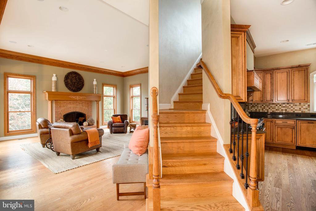 Great Room and Secondary Stairway - 9110 DARA LN, GREAT FALLS