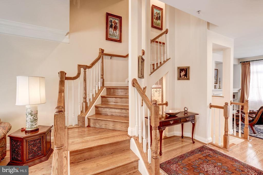Staircase to Third Level - 12086 KINSLEY PL, RESTON
