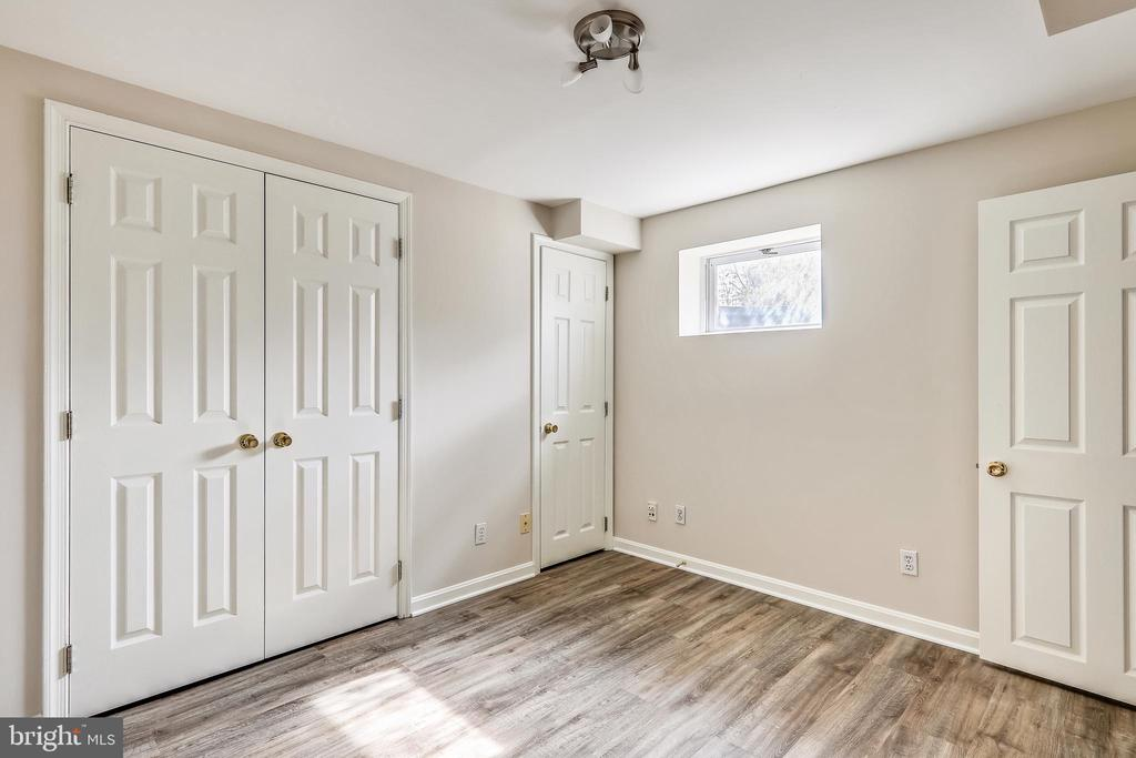 5th bedroom in lower level - 1219 PINECREST CIR, SILVER SPRING