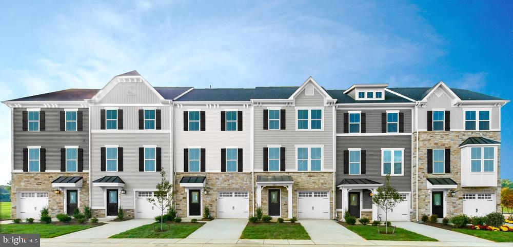 Single Family Homes for Sale at Brooklyn Park, Maryland 21225 United States