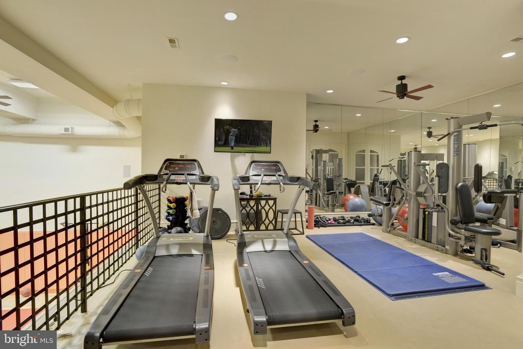 Exercise Room - 5517 PEMBROKE RD, BETHESDA