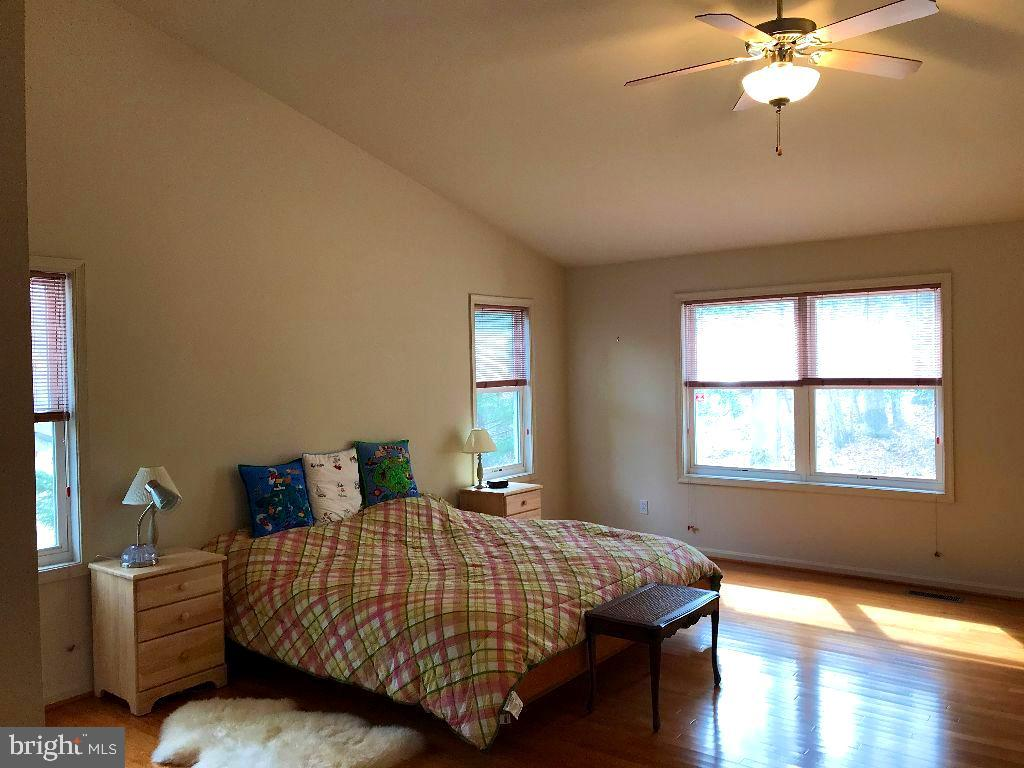 Master Bedroom - 216 BATTLEFIELD RD, LOCUST GROVE