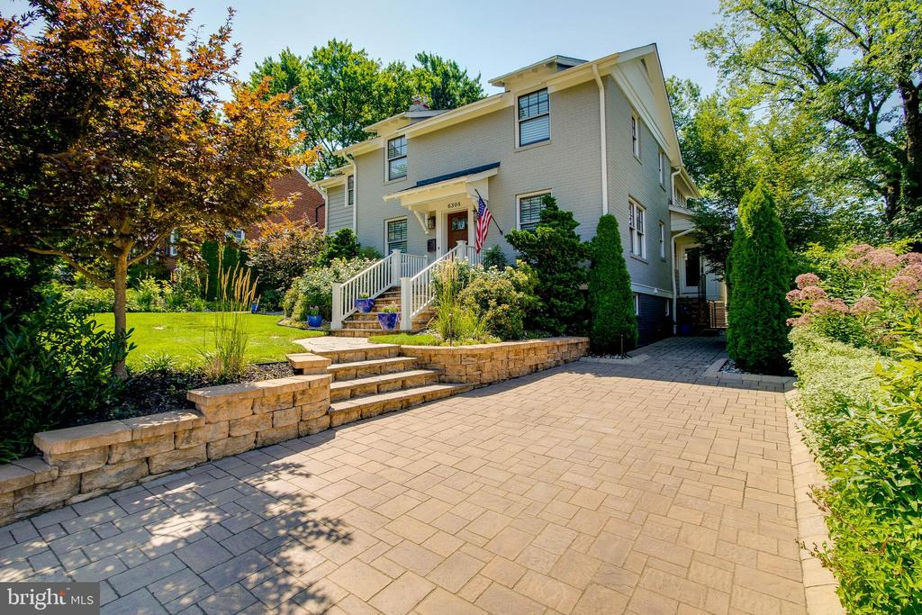 Hand placed pavers for driveway! - 6308 26TH ST N, ARLINGTON