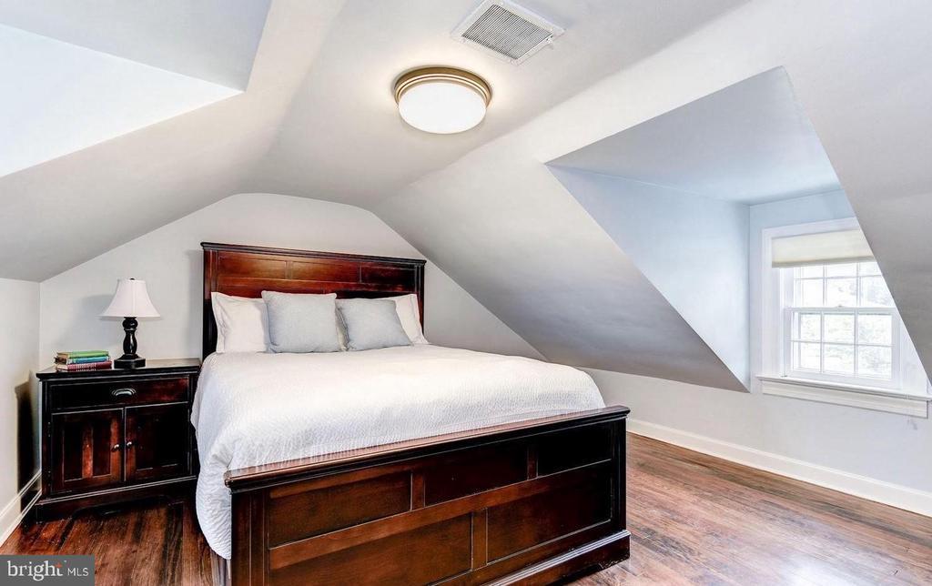 Bedroom in Main Estate - 4005 BELLE RIVE TER, ALEXANDRIA