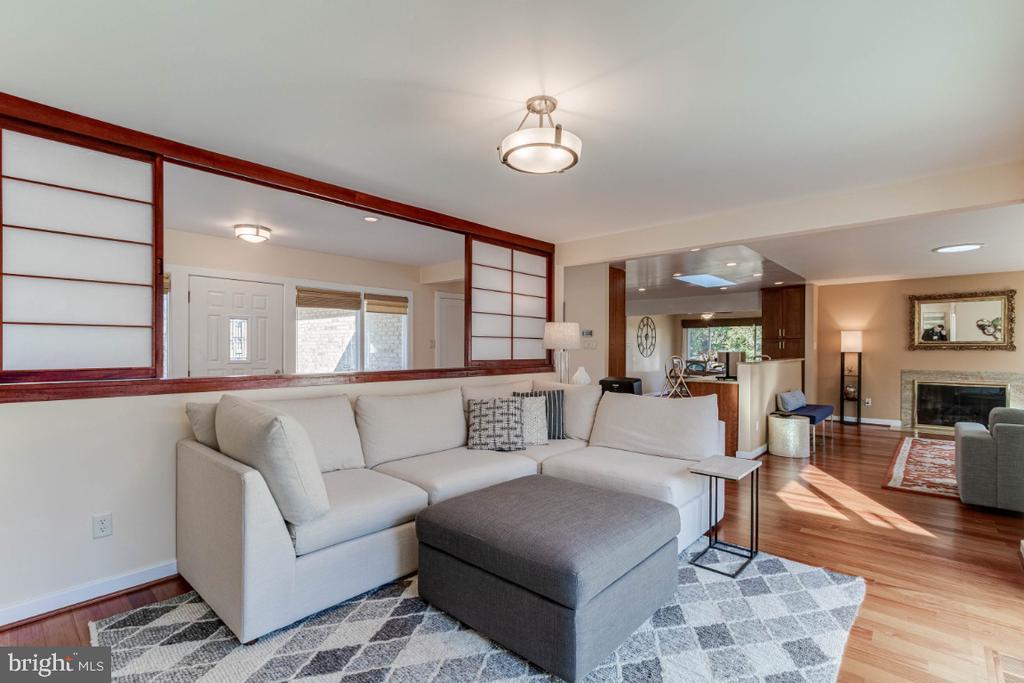 Sitting Area - 10907 WATERMILL CT, OAKTON