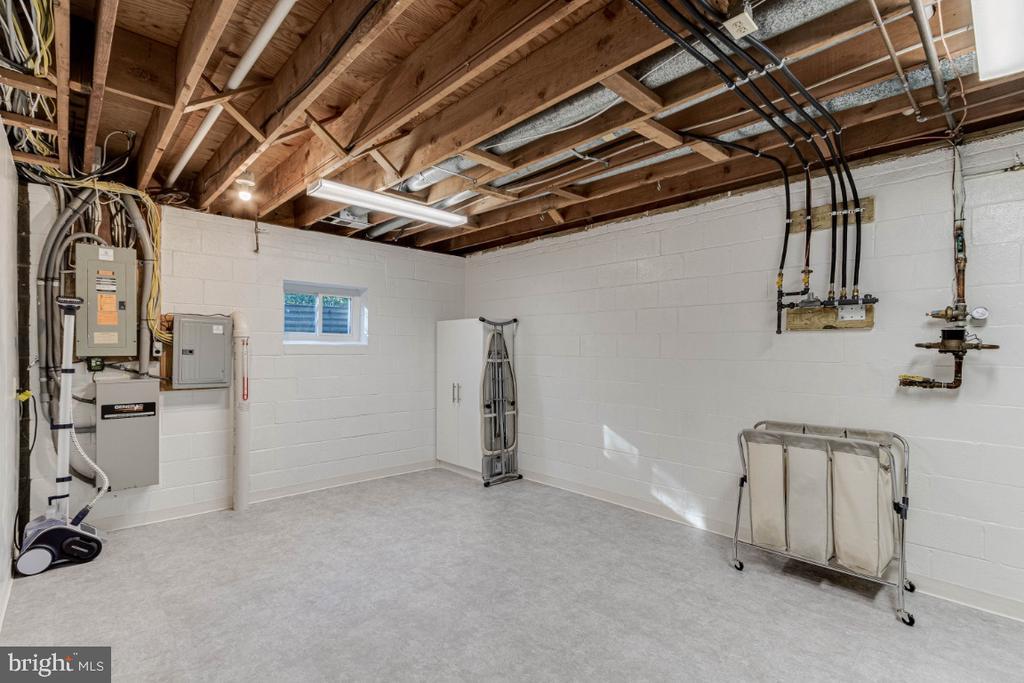 Laundry Room - 10907 WATERMILL CT, OAKTON
