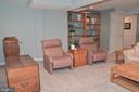 Lower level family room with custom built-ins - 5827 WESSEX LN, ALEXANDRIA