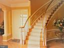 Gracious & elegant two sided stairs - 18749 UPPER MEADOW DR, LEESBURG