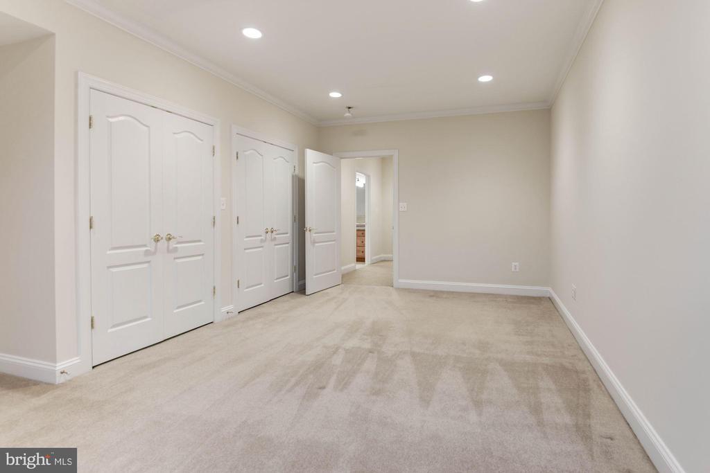 Dual Closets in Bonus Room - 12184 HICKORY KNOLL PL, FAIRFAX
