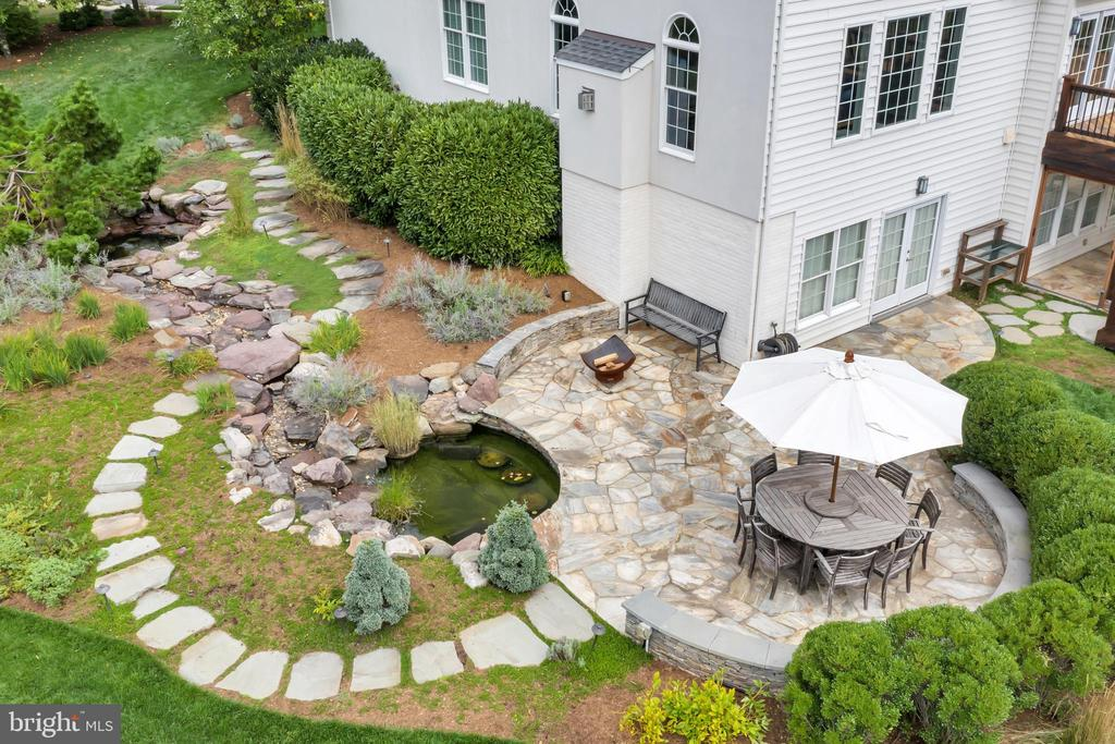 Extensive Hardscaping and Landscaping - 22960 CARTERS STATION CT, ASHBURN