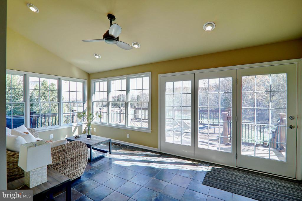 Sunroom - 22960 CARTERS STATION CT, ASHBURN