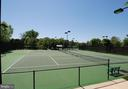 Well-maintained Tennis Courts - 18348 FAIRWAY OAKS SQ, LEESBURG