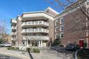 Main Nash St entrance has 2 guest parking spaces - 1201 N NASH ST #302, ARLINGTON
