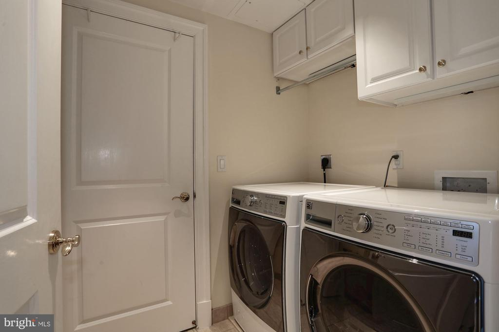 Full sized laundry room in unit - 1201 N NASH ST #302, ARLINGTON