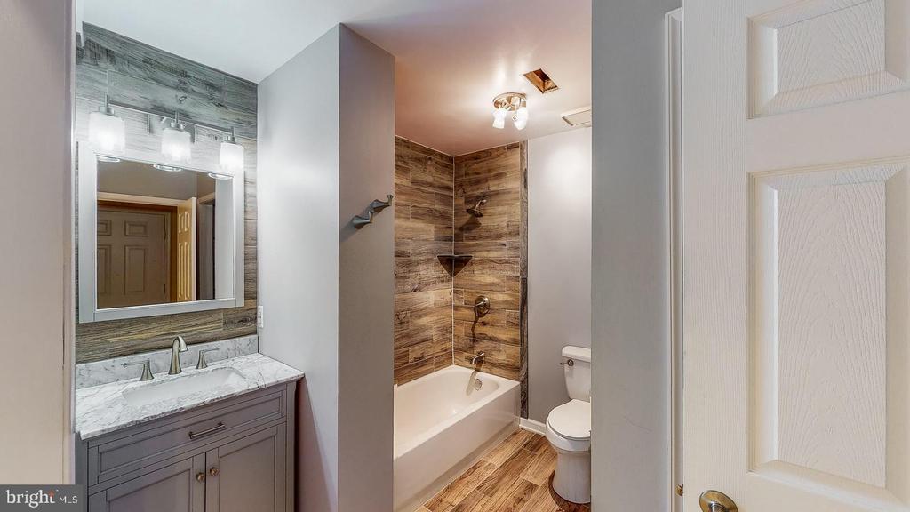 Newly remodeled basement bathroom - 56 DOROTHY LN, STAFFORD