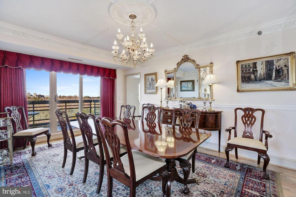 Dining room with balcony access - 5600 WISCONSIN AVE #1308, CHEVY CHASE