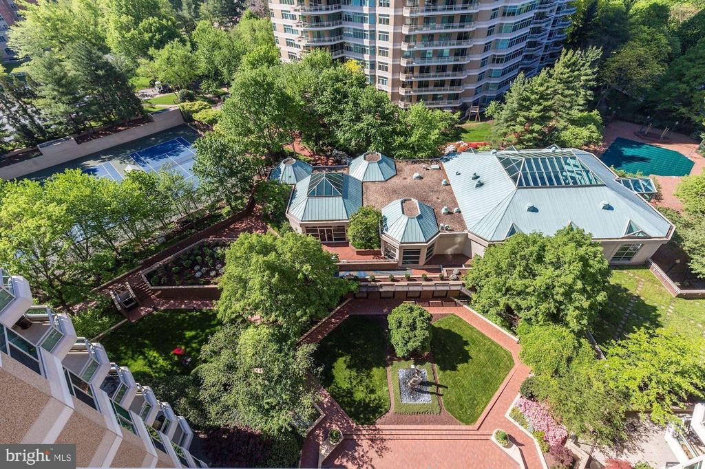 Aerial view of the clubhouse - 5600 WISCONSIN AVE #1308, CHEVY CHASE