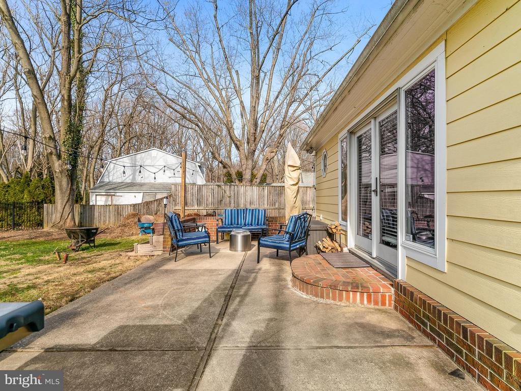patio - 200 WASHINGTON GROVE LN, GAITHERSBURG