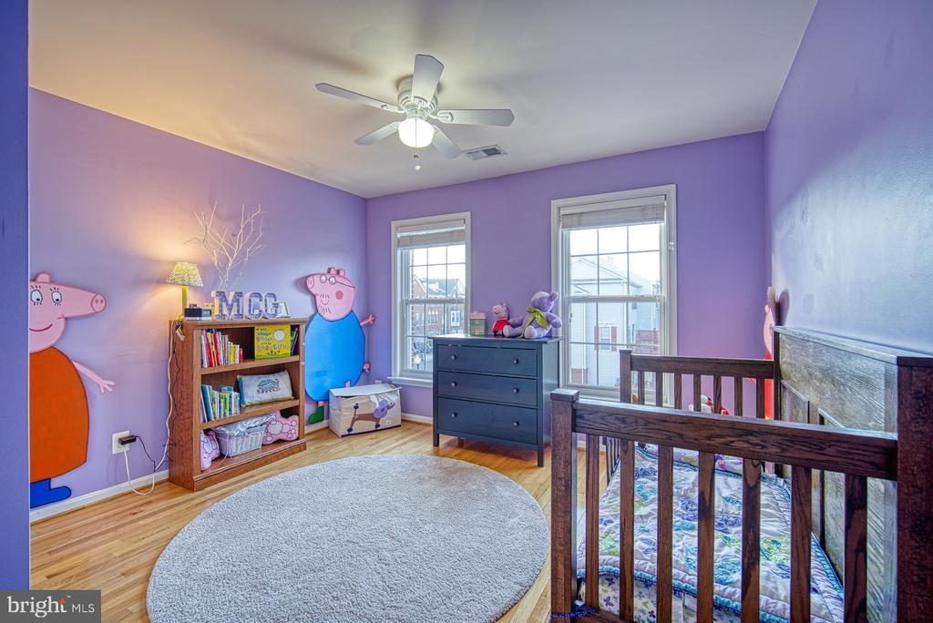 Large Second Bedroom - 22710 DEXTER HOUSE TER, ASHBURN