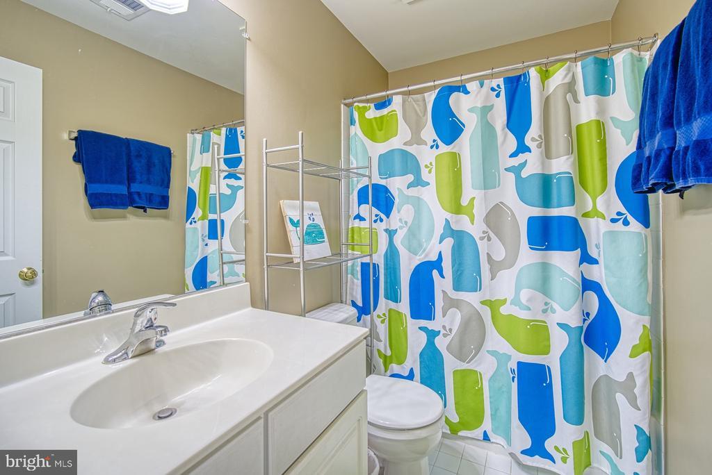 Second Full Bath - 22710 DEXTER HOUSE TER, ASHBURN