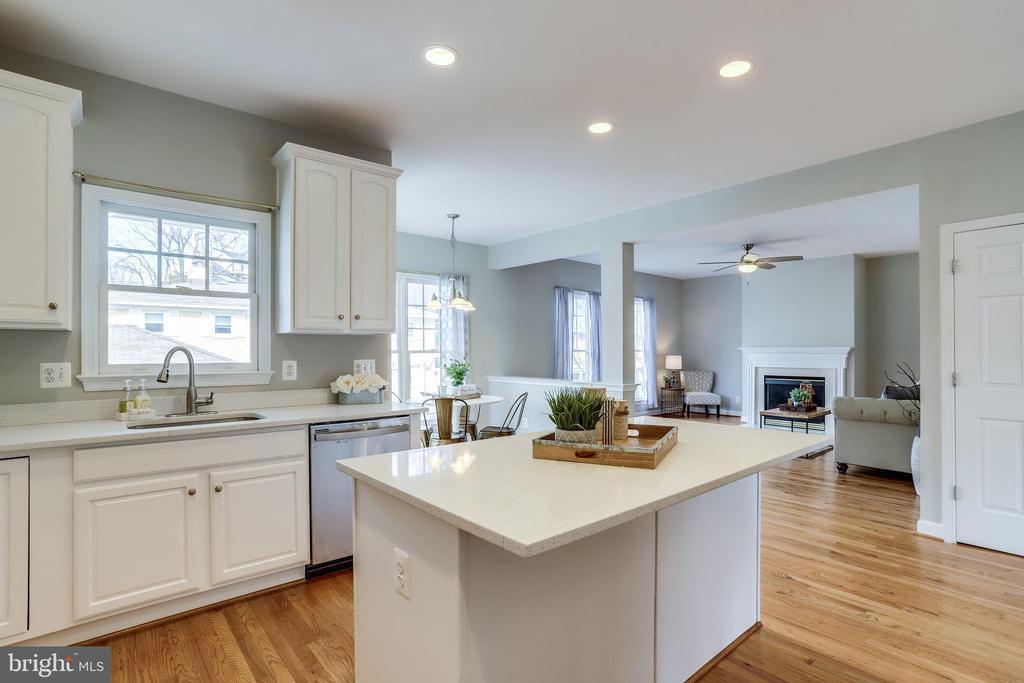Kitchen - 2952 22ND ST S, ARLINGTON