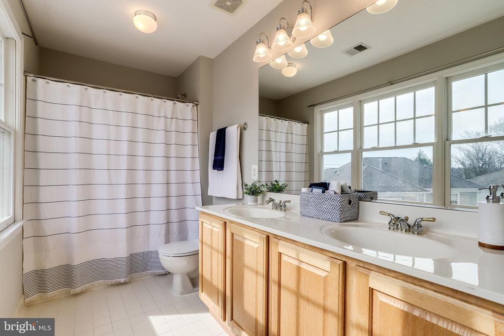 Bathroom Two - 2952 22ND ST S, ARLINGTON