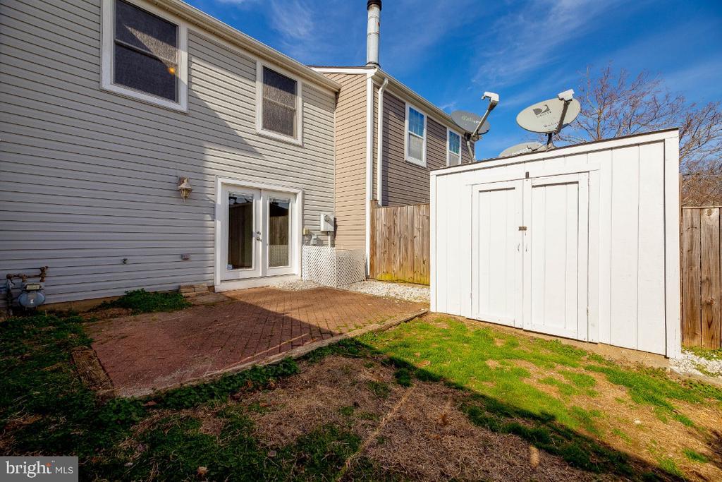 Private Rear Yard - 15098 ARUM PL, WOODBRIDGE