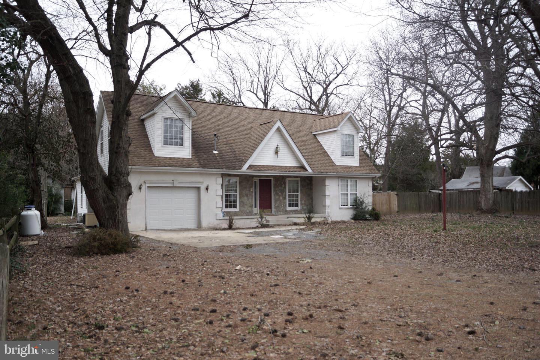 Single Family Homes per Vendita alle ore 17517 ORIOLE Drive Cobb Island, Maryland 20625 Stati Uniti