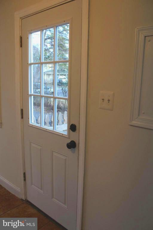 New side door for access to the driveway - 175 MANASSAS DR, MANASSAS PARK