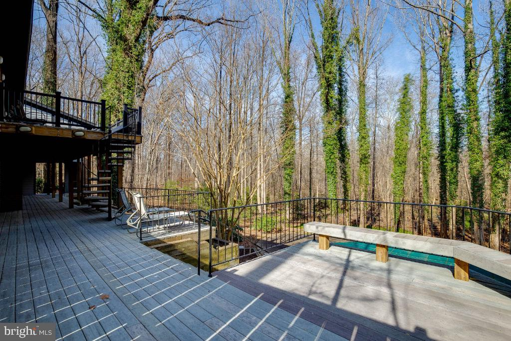 Deck overlooking Pool - 8651 BLACK FOREST CIR, FAIRFAX