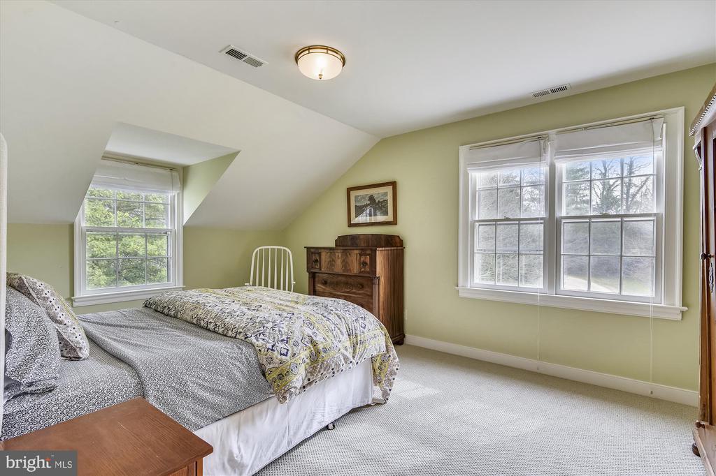 l bedroom - 3050 RECTORTOWN RD, MARSHALL