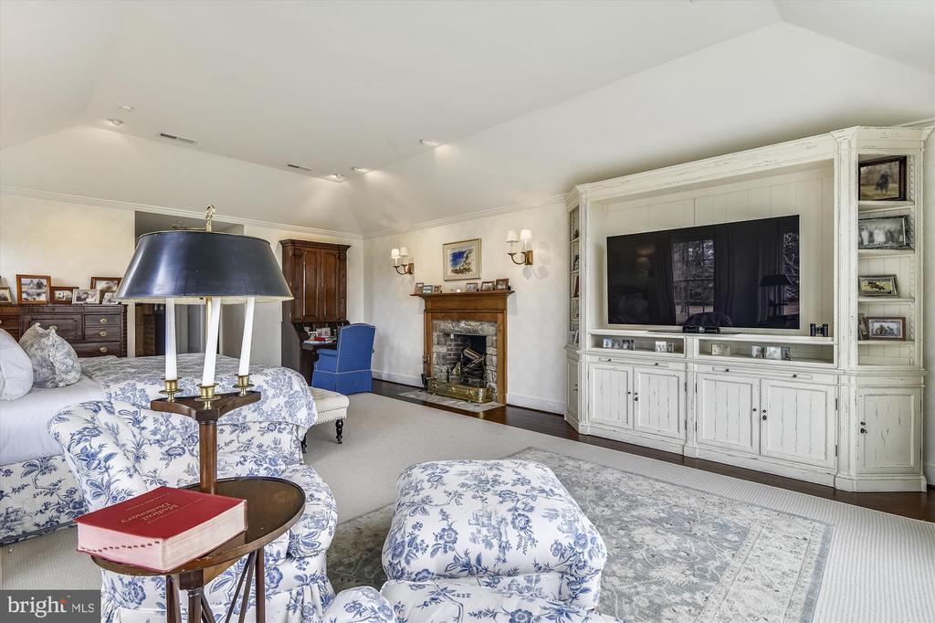 master bedroom - 3050 RECTORTOWN RD, MARSHALL