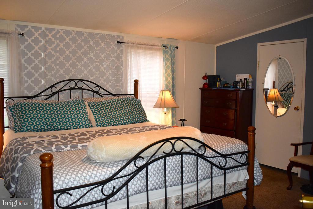 Master Bedroom - 34296 INDIANTOWN RD, LOCUST GROVE