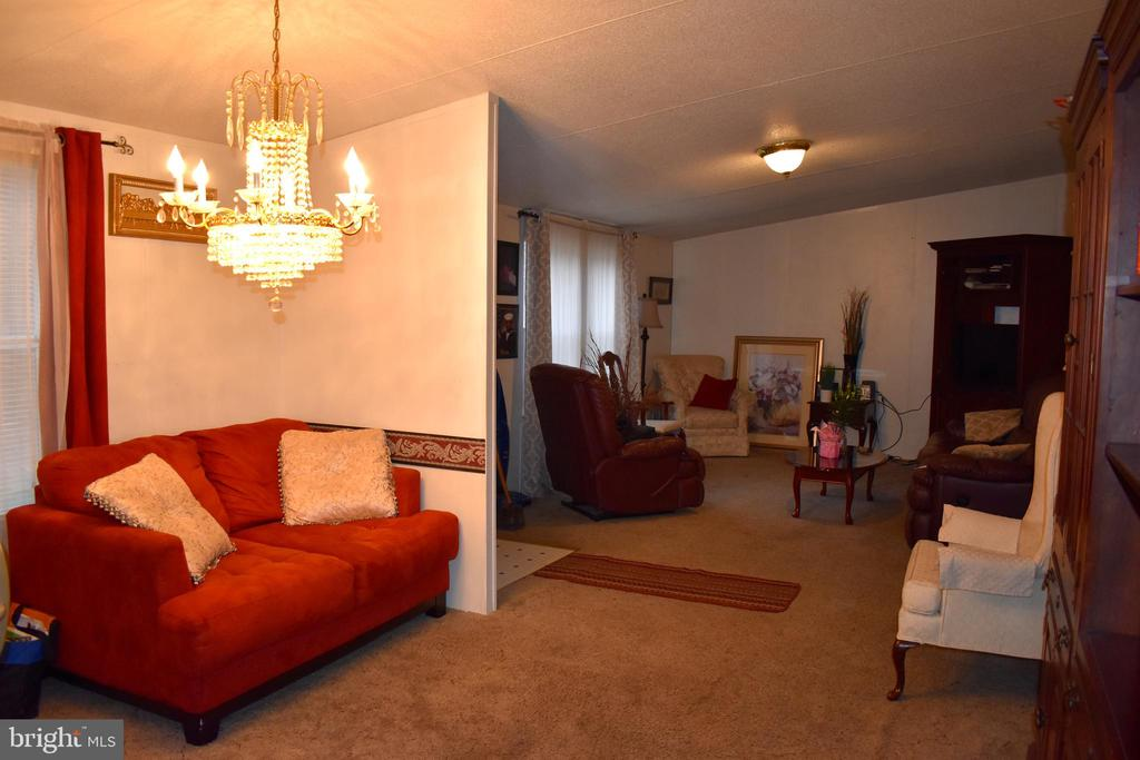 Attached Room Off Of Living Room - 34296 INDIANTOWN RD, LOCUST GROVE