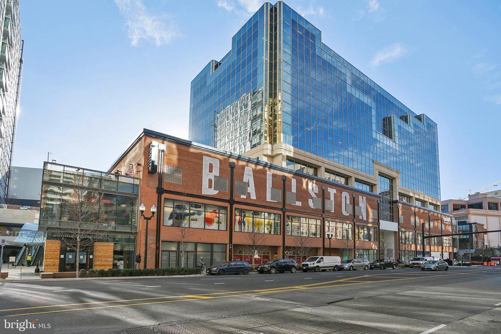New restaurants & shops at Ballston Exchange . - 4141 N HENDERSON RD #1011, ARLINGTON
