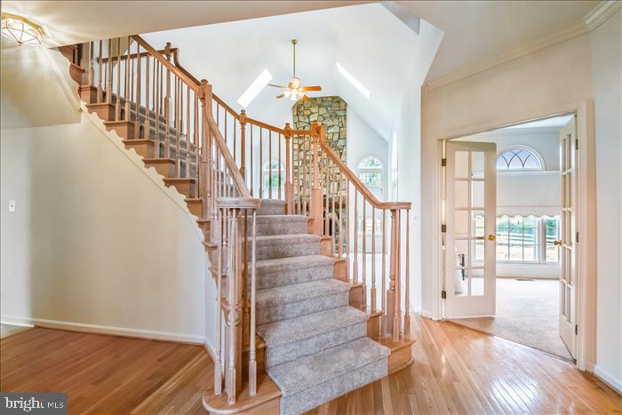 Elegant Staircase - 13906 LEETON CIR, CHANTILLY