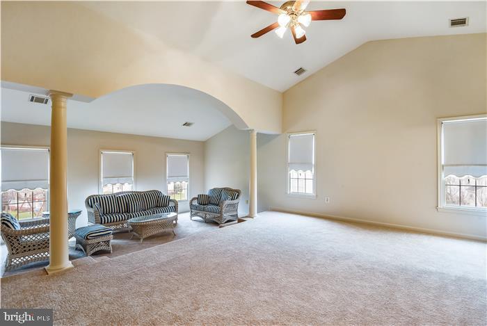 Master Retreat with Sitting Area - 13906 LEETON CIR, CHANTILLY