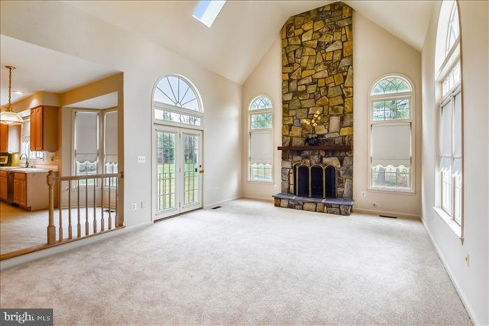 Family Room with Gas Fireplace - 13906 LEETON CIR, CHANTILLY