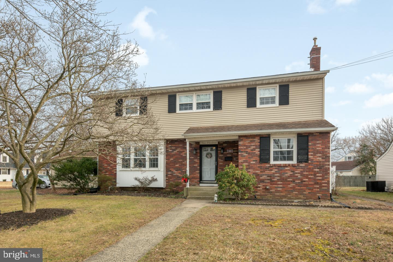 Single Family Homes للـ Sale في Barrington, New Jersey 08007 United States