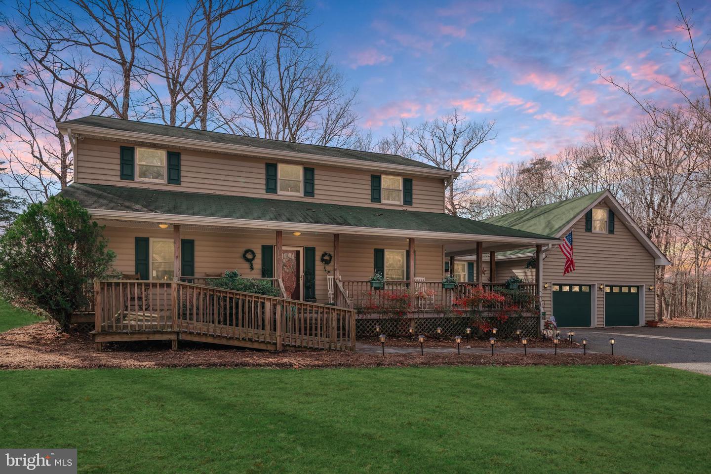 Single Family Homes のために 売買 アット Rhoadesville, バージニア 22542 アメリカ