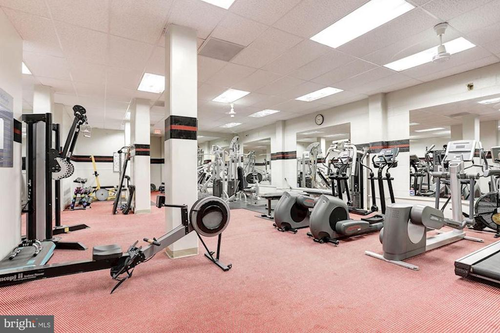 Fitness Center - 5500 FRIENDSHIP BLVD #1729N, CHEVY CHASE