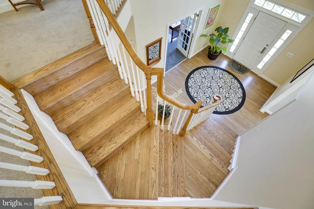 Foyer - 12110 WALNUT BRANCH RD, RESTON