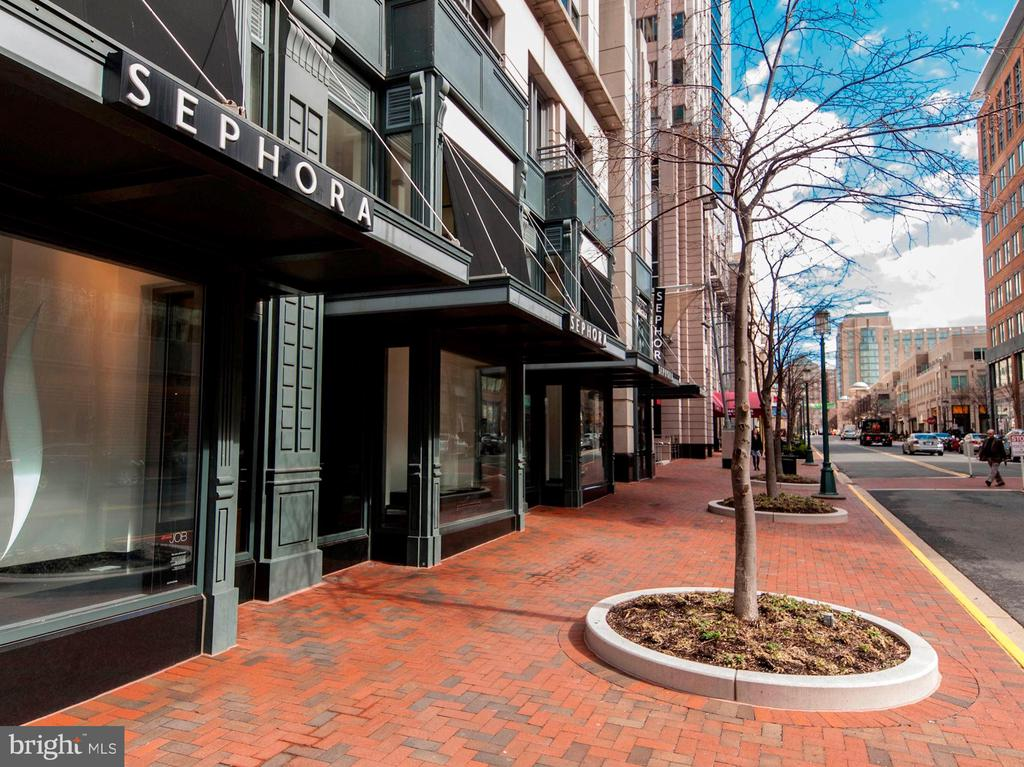 - 11990 MARKET ST #1714, RESTON