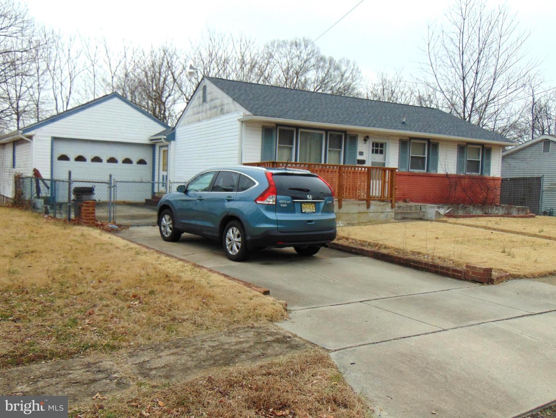 Single Family Homes للـ Sale في 245 MILLER Avenue Lawnside, New Jersey 08045 United States