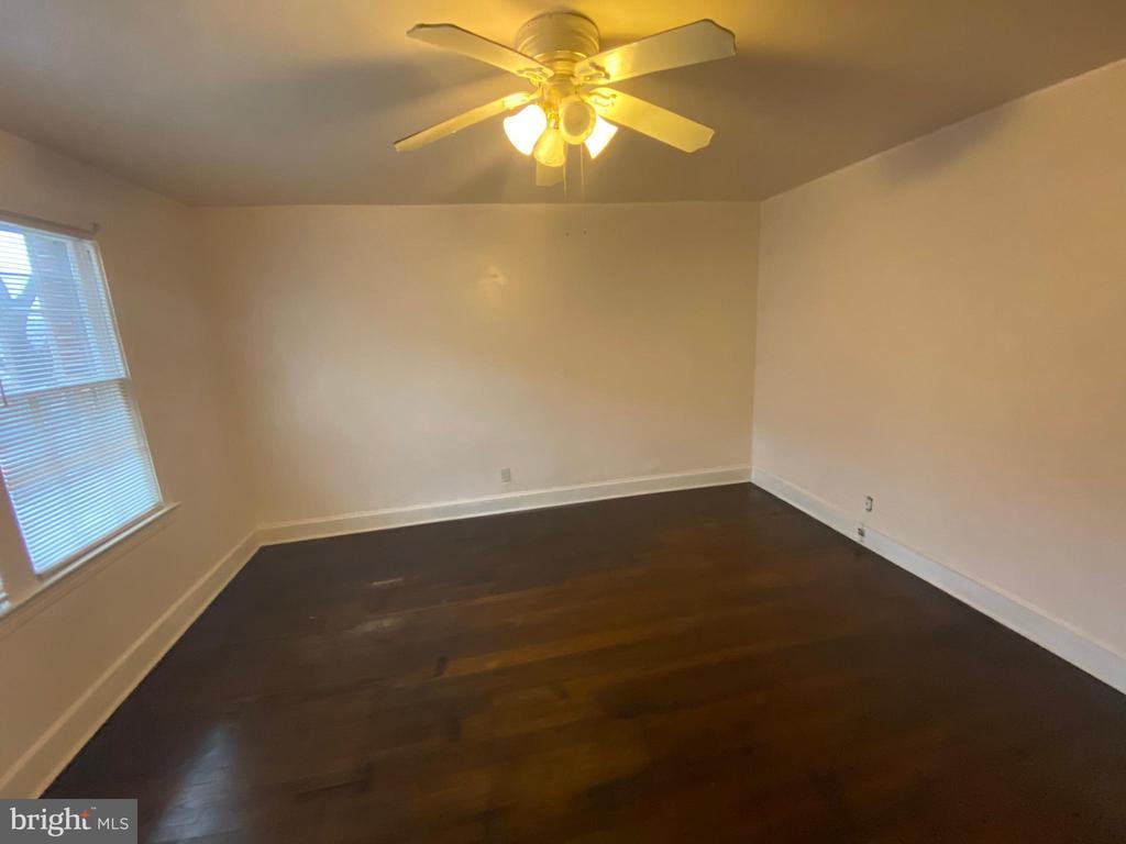 Living Room - 933 RANDOLPH ST NW #A, WASHINGTON