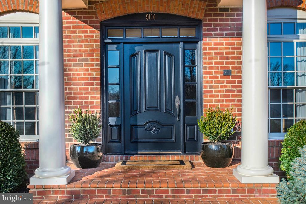 Dramatic Tiered Front Door Approach with Boxwoods - 9110 DARA LN, GREAT FALLS