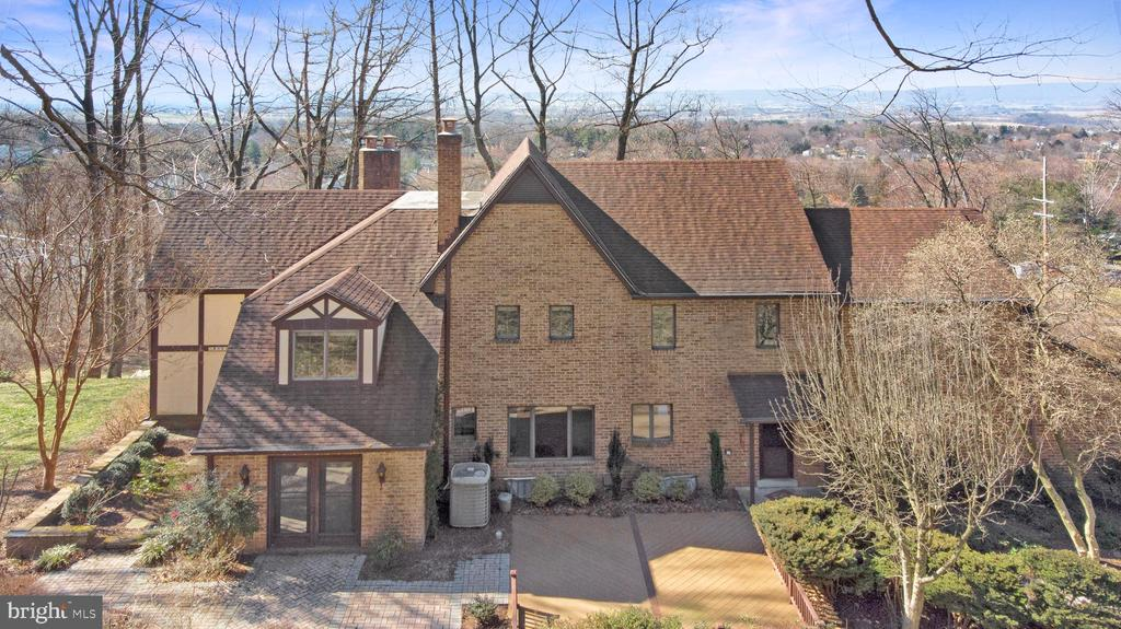 VIEWS FOR MILES - 4616 OLD NATIONAL PIKE, MIDDLETOWN