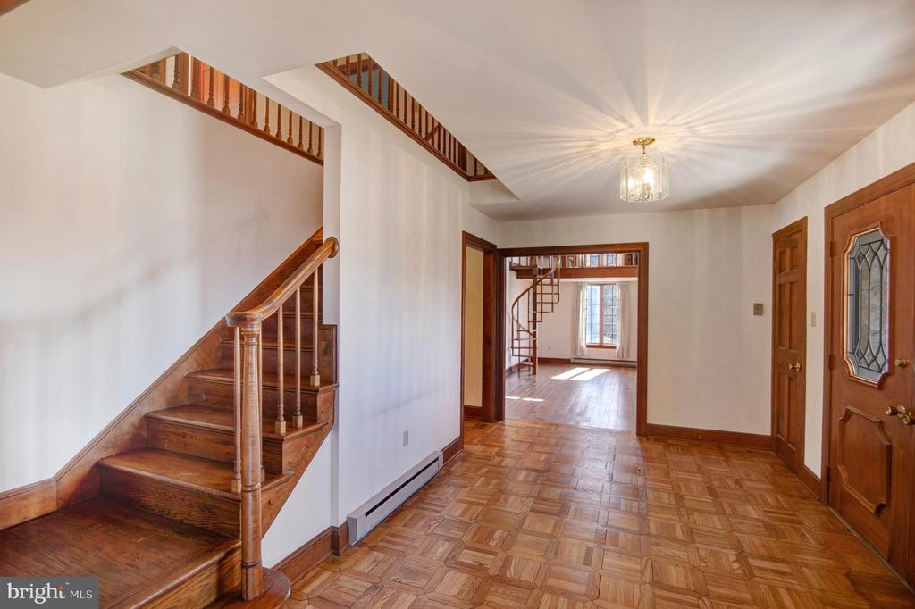 ENTRY FOYER WITH HARDWOODS - 4616 OLD NATIONAL PIKE, MIDDLETOWN